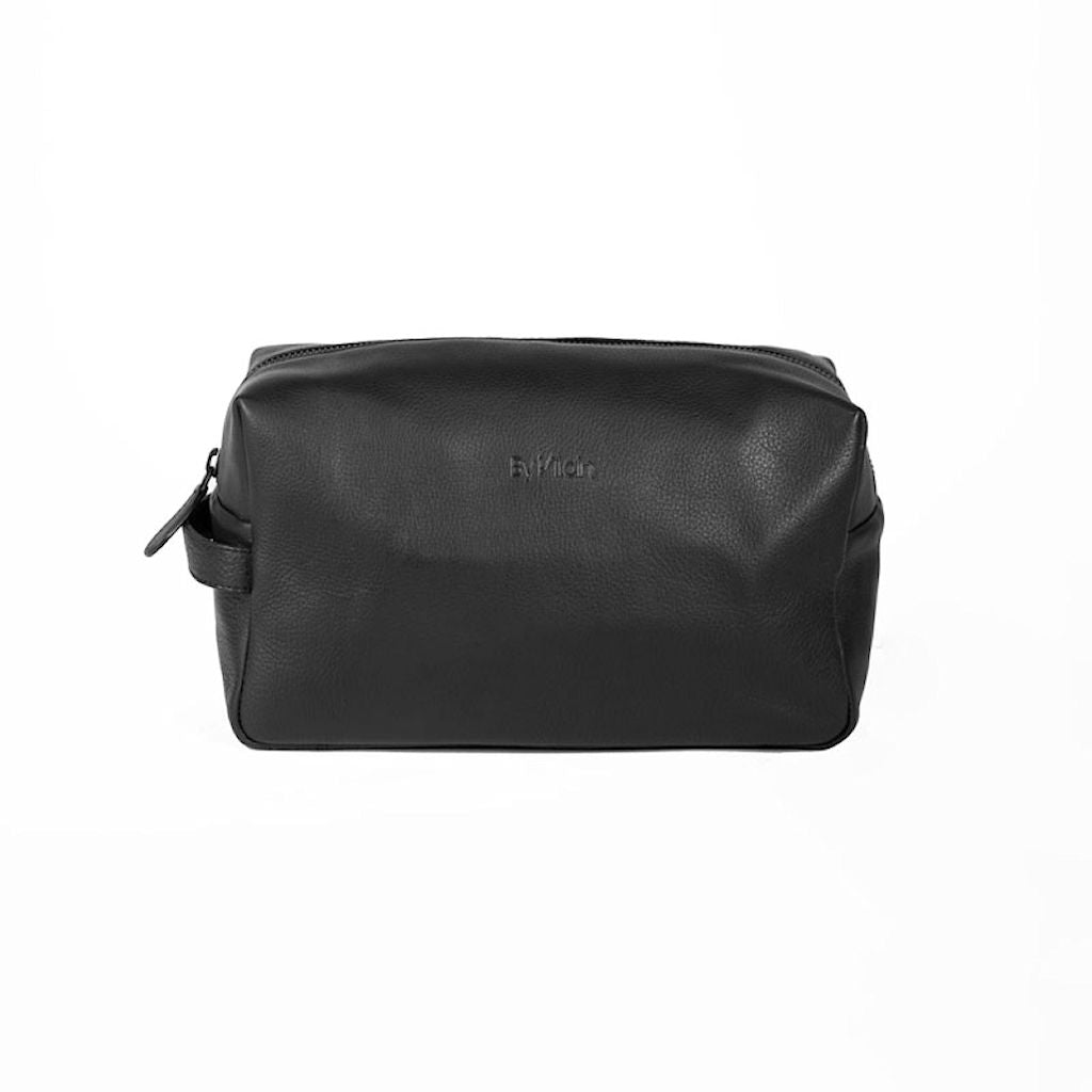 By Vilain Toiletry Bag Black Leather Front