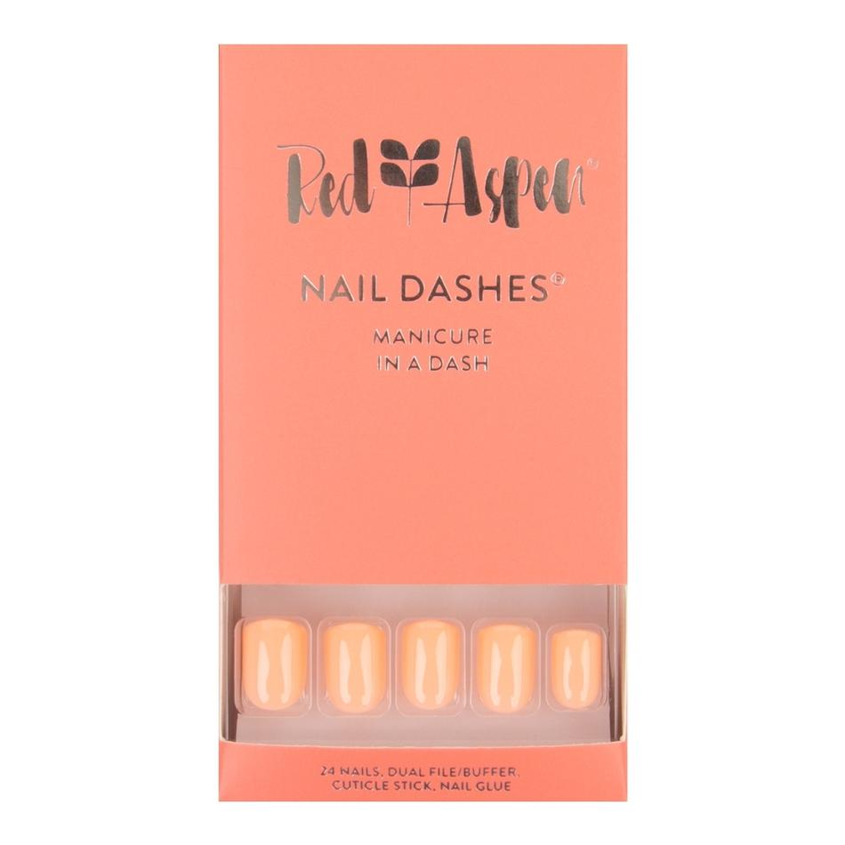 Kaitlyn's Living Coral Nail Dashes