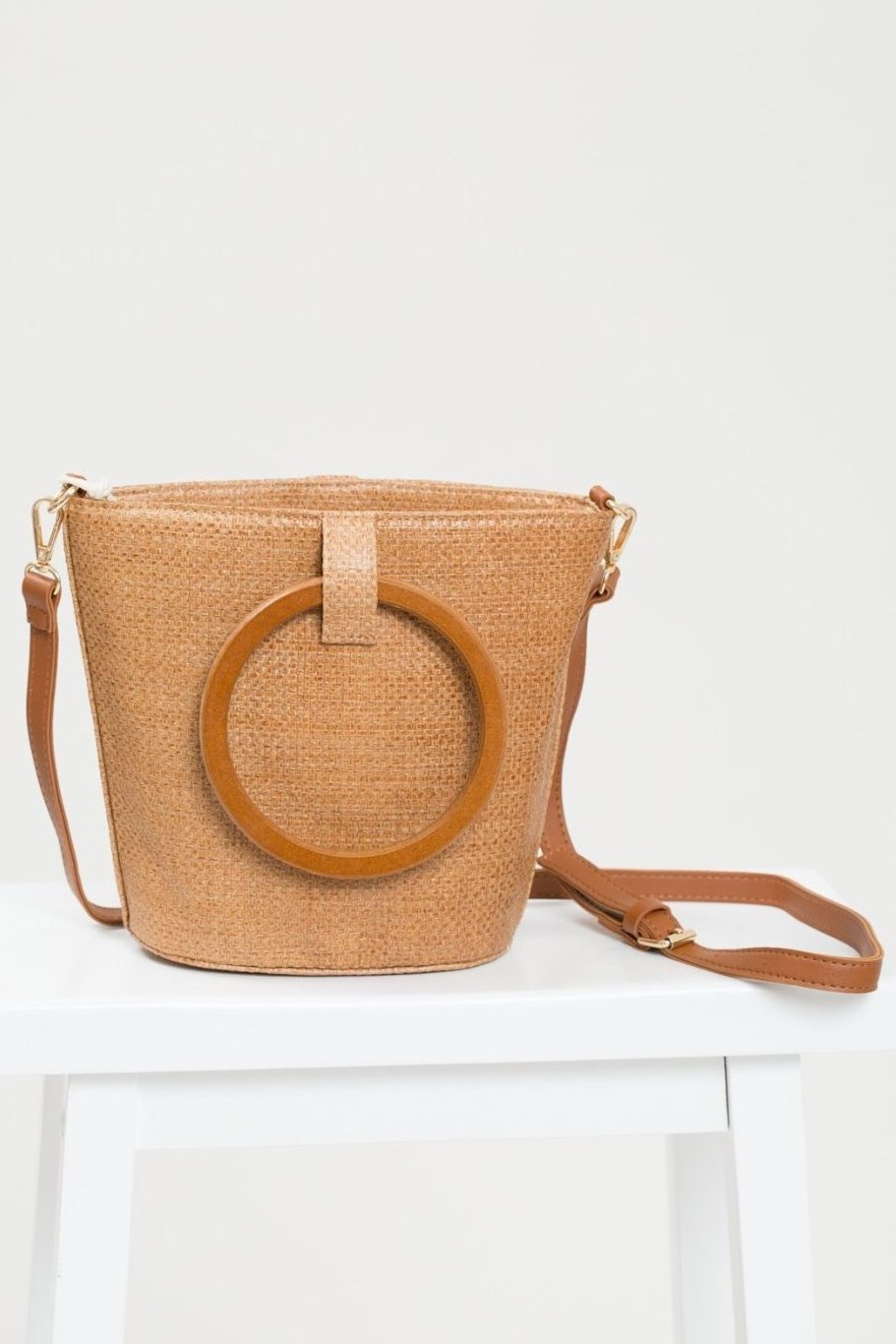 Straw Bucket Bag with Wooden Handle - Geegeebae