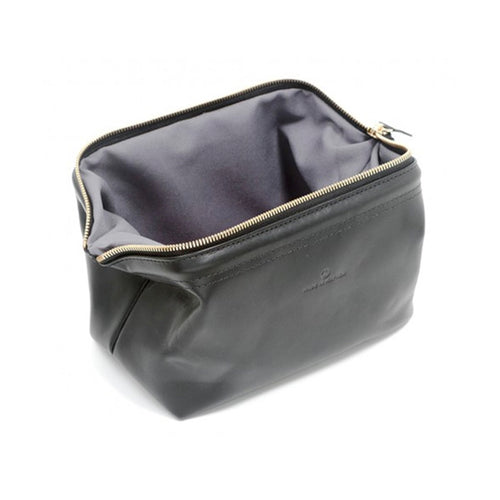 "Made in Mayhem ""Lewis"" Leather Dopp Kit- Black"