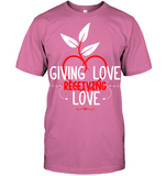 GIVING LOVE Unisex T-Shirt - MatZul