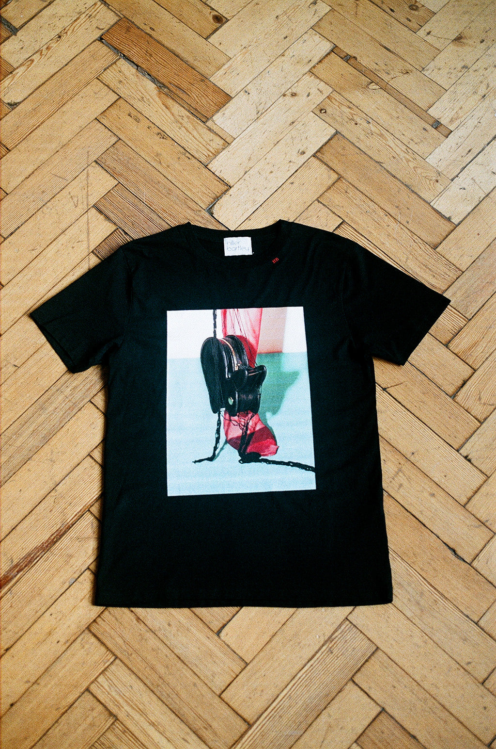 LIMITED EDITION BLACK SHORT SLEEVE T-SHIRT IMAGE B