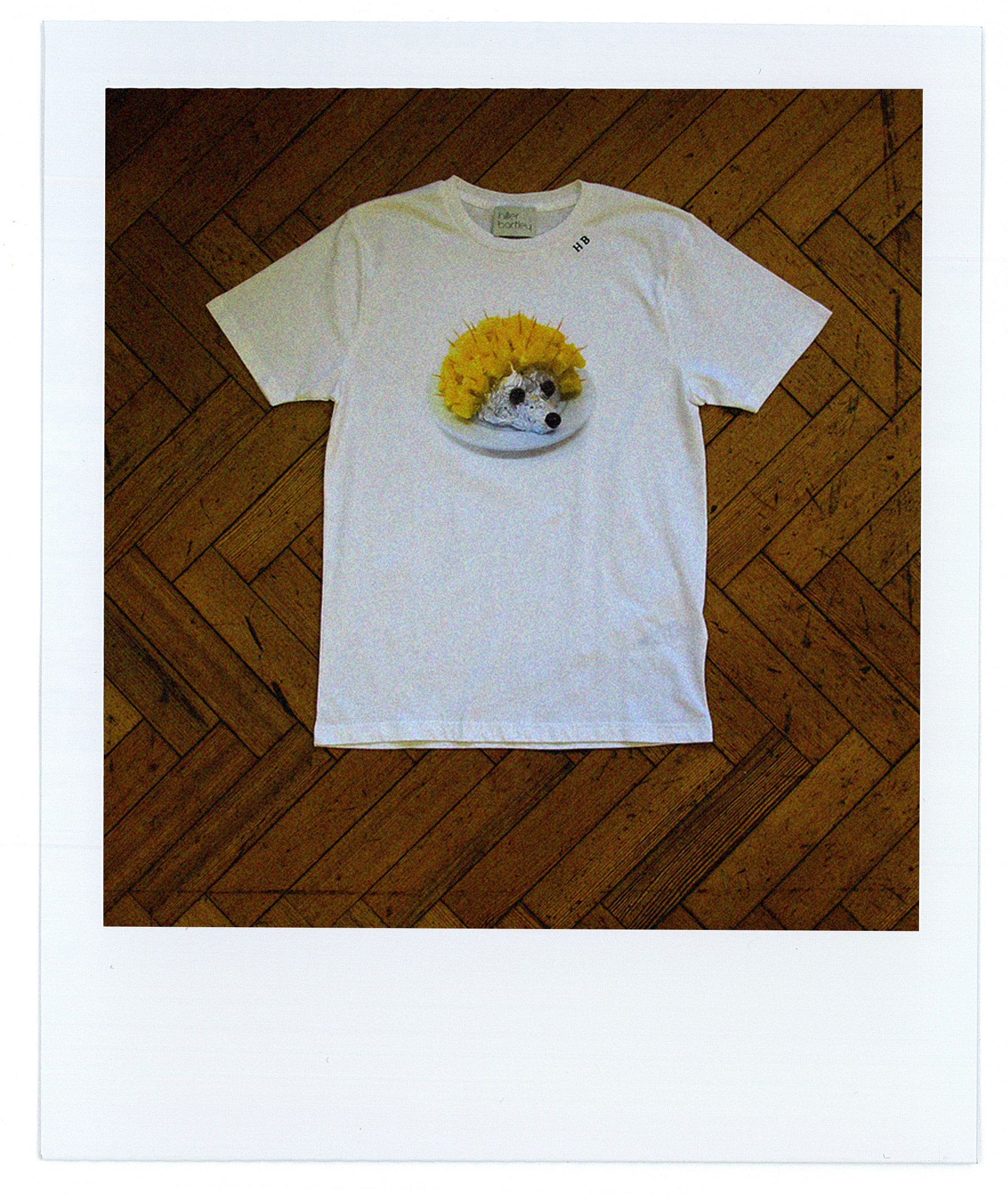 CHEESE AND PINEAPPLE HEDGEHOG T-SHIRT