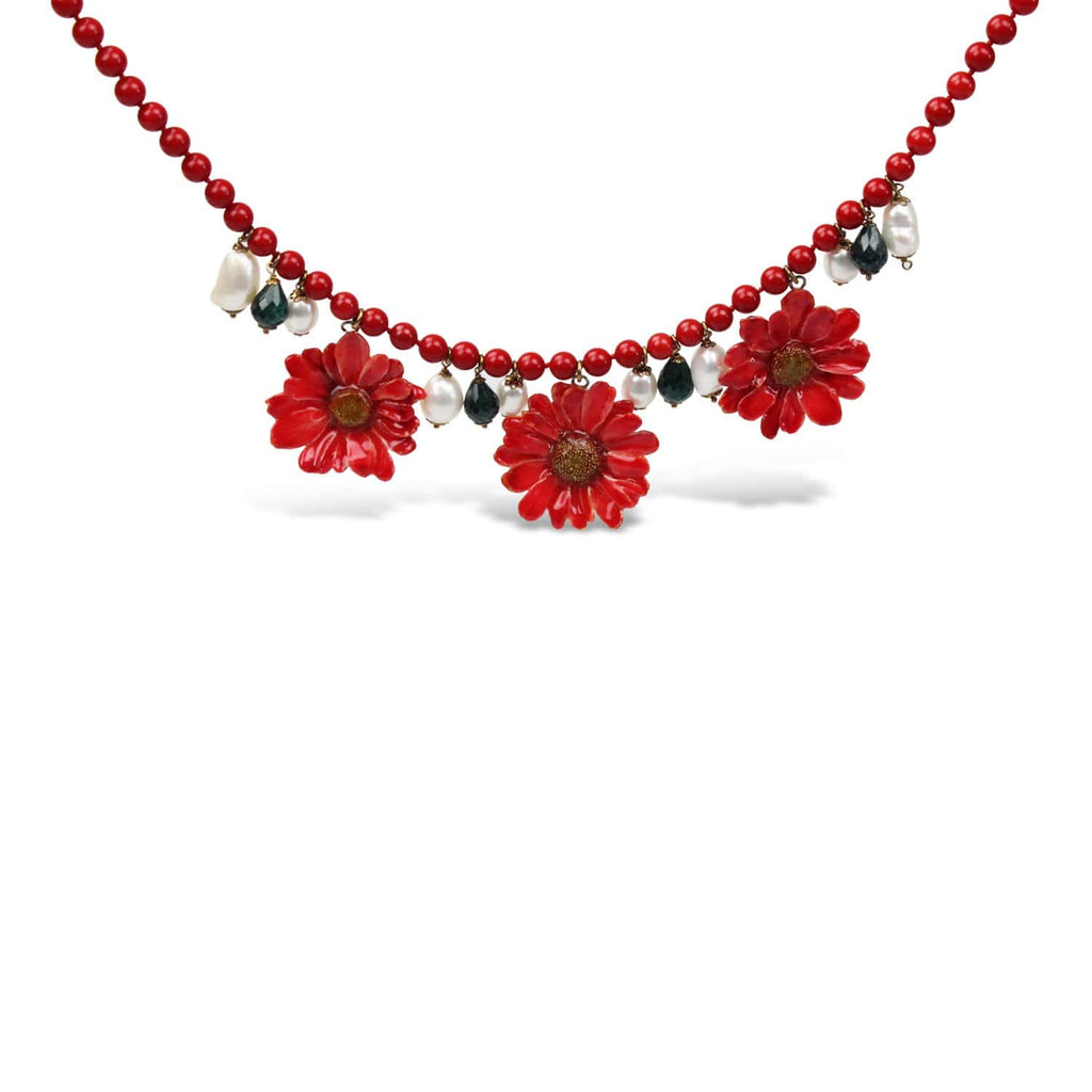 Natural Daisies and Pearl Necklace