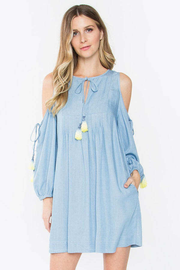 Candonga Cold Shoulder Dress