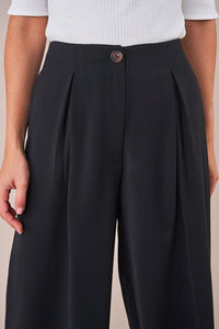 Kinsley Pleated Culotte Pants
