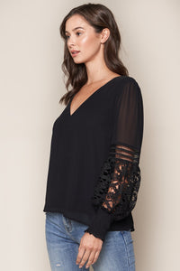 Ciena Lace Sleeve Blouse