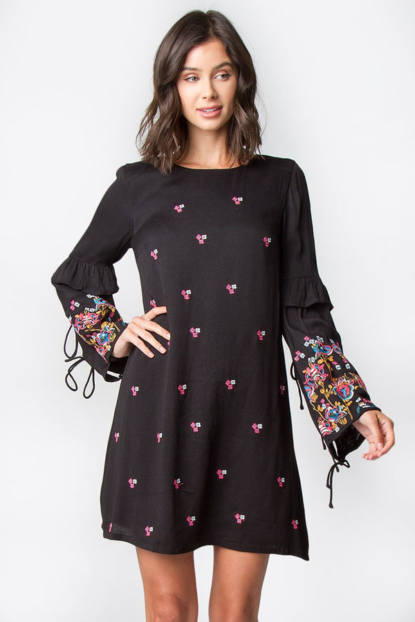 Isa Embroidered Shift Dress