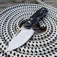 - In Stock - LIJA Small hunting knife w/raffir scales