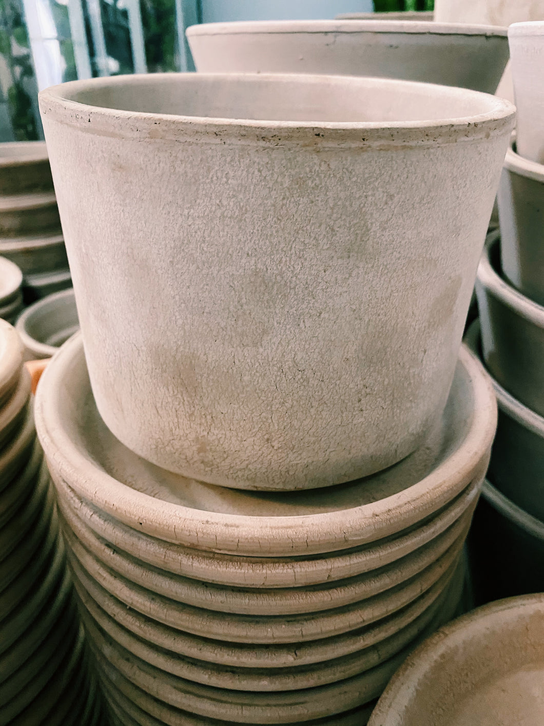 Italian Terracotta - Cylinder, Grey, Tray Included