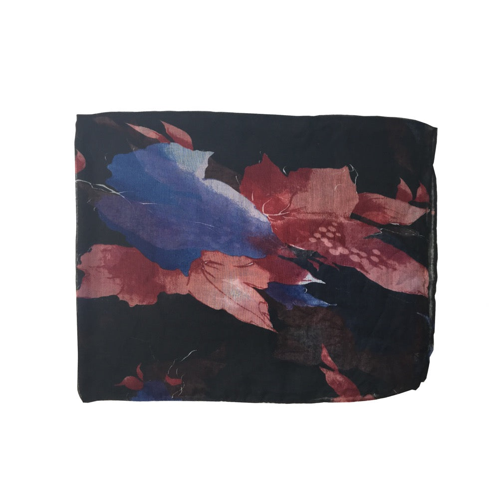 Blurred Leaf Print Scarf-Black