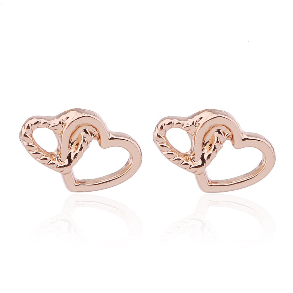 Delicate Ears Double Heart Earring Rose Gold Plating
