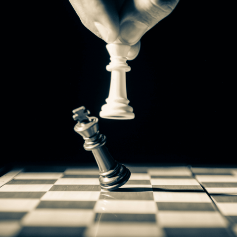 Playing chess before a boxing fight