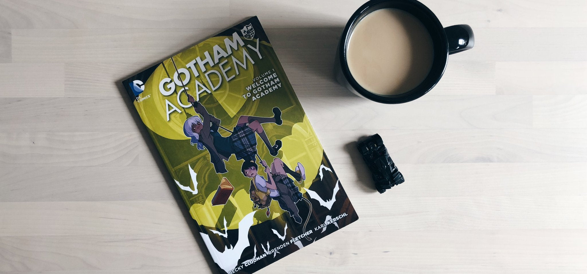Coffee Break: Gotham Academy Volume One
