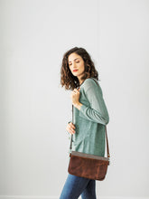 Crossbody Bag in Chestnut