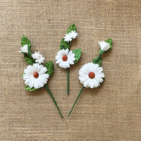 49 and Market Daisy Stems White