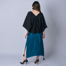 Load image into Gallery viewer, Ava Reversible Kimono Top | Black & Turquoise
