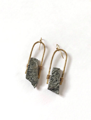 stone cold swinger earrings