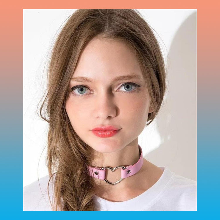LEATHER HEART CHOKER (7 colors)