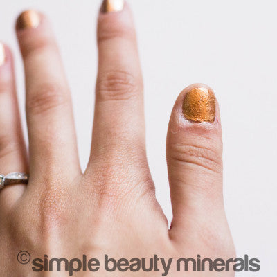 DIY Non-Toxic Nails