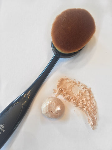 airbrush foundation brush for best foundation coverage simplebeautyminerals.com