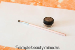 Mineral Eyeshadow + Pencil Liner | Simple Beauty Minerals