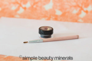 Soft Black Mineral Liner or Brown Mineral Liner + Fine Angled Brush| Simple Beauty Minerals