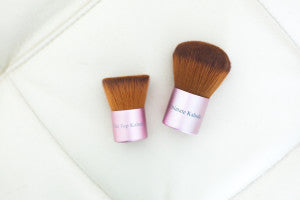 Simple Beauty Minerals - Ultimate Kabuki Brush and the Flat Top Buffer Brush