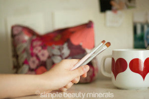 Eyeshading Brush and Crease Brush | Simple Beauty Minerals