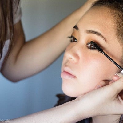 How To Apply Healthy Mascara Like A Pro | Simple Beauty Minerals