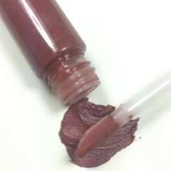 mauvelous lipgloss - simple beauty minerals