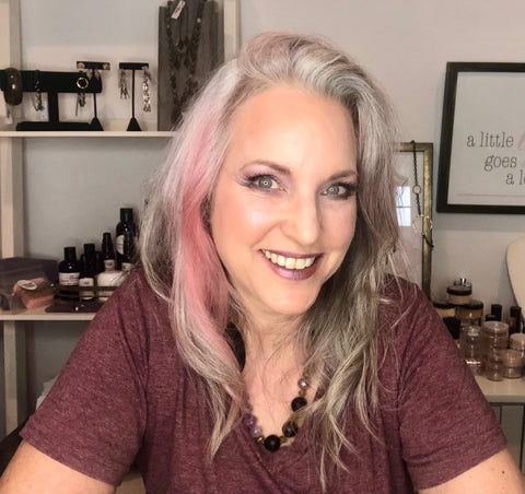 lisa after sugar plum collection applied to eyes