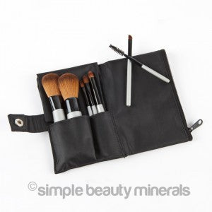 A (vegan) mineral makeup travel brush set! | Simple Beauty Minerals