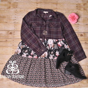 Oddi Floral and Flannel Curvy Top