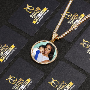 Custom Photo Medallions Necklace Best Christmas Gifts For Mom