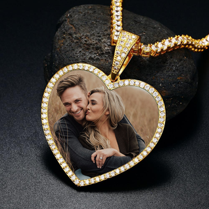 New Custom Heart Photo Medallions Necklace For Men And Women