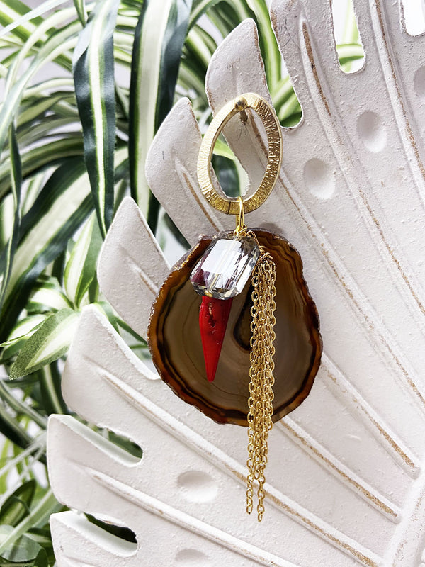 red and dark brown agate eye catcher