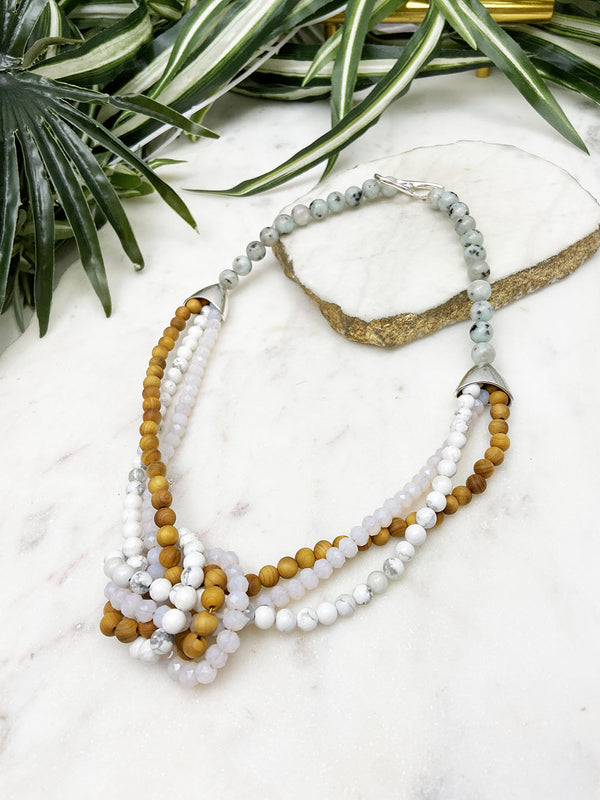 white and cedar uptown necklace