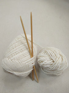 Childowla Yarn Natural White, 18 micron, 5 Ply Sports 100 gram