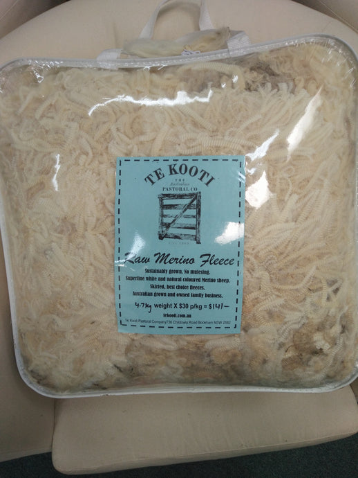 Raw Fleece - White - 4.7KG