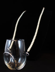 Single Strand Elegant Pearl Wine Glass Necklace