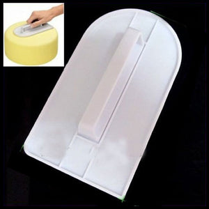 Practical Cake Polisher Smoother of Hard Plastic-White