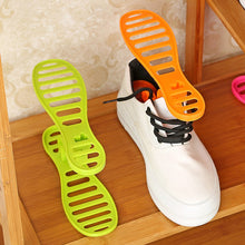 New Creative finishing shoe rack Removable plastic shoe care shoe tree The portable Storage finishing frame shoe (Color:Random)