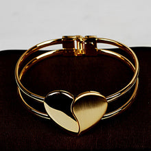 2017 Hot Selling Shinning Matte Gold Double Heart Love Bangle Wide Cuff Bracelet For Women Lady Female Jewelry