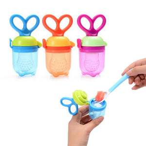 Baby Bite Pacifier Vegetable and Fruits Feeder Bottle Supplement Feeding Bag Tool Color Random
