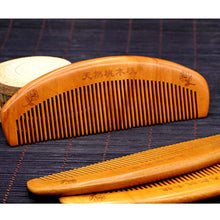 1Pcs Natural Health Care Hair Comb Anti-static Beard Comb Peach Wood Hair Brush