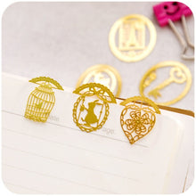 6Pieces/Set Creative Exquisite Fantasy Mini Lovely Hollow Out Lace Metal Bookmark Book Clip-Style Random