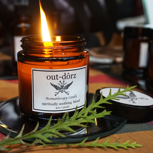 out-dôrz Aromatherapy Candle