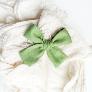 Apple Linen Isabella Bow