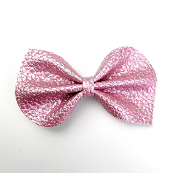 Pink Pearl Metallic Medium Reese Bow